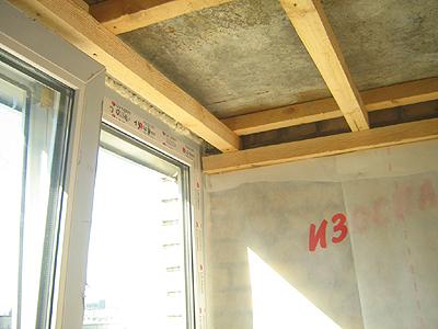 Деревянный потолок на балкон. - остекление лоджий - каталог .